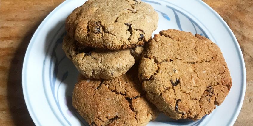 Cinnamon Raisin Protein Cookies